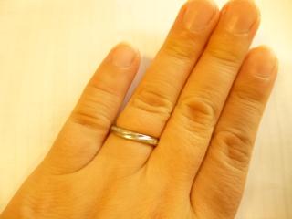【銀座ダイヤモンドシライシの口コミ】 式場に当ブランドのパンフレットがあり、婚約指輪の購入の割引があったので…