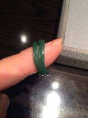 【ケイウノ ブライダル(K.UNO BRIDAL)の口コミ】 オーダーでデザインしてもらいました。 ティファニーで買った婚約指輪と重…