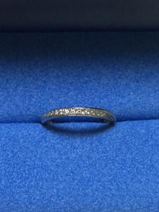 【銀座ダイヤモンドシライシの口コミ】 婚約指輪を買わなかったので、絶対にダイヤモンドが付いているものが欲しい…