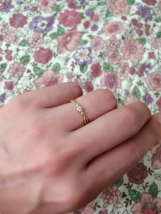 【Jupiter BLANTELIE(ジュピターブラントリエ)の口コミ】 結婚が決まり婚約指輪は主人が私の為に購入し、プレゼントしてくれました。…