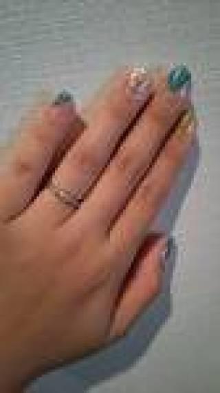 【TRECENTI(トレセンテ)の口コミ】 なんといっても双子ダイヤモンドであることです。双子ダイヤとは、一つの原…