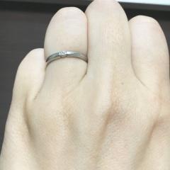 【アイプリモ(I-PRIMO)の口コミ】 シンプルなデザインながらも、真ん中にダイヤをつけられる点が気に入りまし…