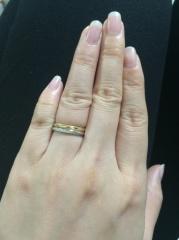 【銀座ダイヤモンドシライシの口コミ】 予算以内で、テキパキと私の好みを探りながら指輪を出してくれました。3件…