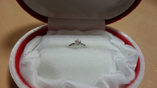 【WATANABE / 宝石・貴金属 渡辺の口コミ】 指輪の決め手は価格と品質が素晴らしかった点です。好みのシンプルなデザ…