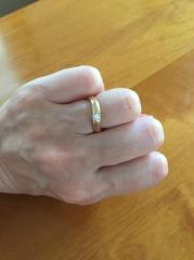 【俄(にわか)の口コミ】 結婚30周年でお揃いで残る物で肌身離さずという事でお揃いの指輪にしよう…