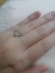 【エクセルコダイヤモンド(EXELCO DIAMOND)の口コミ】 指輪の土台にダイヤモンドが埋め込まれてるのはこのブランドだけだそうで…