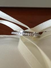【ピアジェ(PIAGET)の口コミ】 結婚指輪は毎日するので、フルエタニティーで探していました。Piaget…