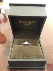 【JEWELRY  KAMATA(ジュエリーかまた)の口コミ】 婚約指輪がどのような物がいいか全く分からずにいましたが対応してくれた…