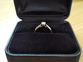 【エクセルコダイヤモンド(EXELCO DIAMOND)の口コミ】 指にはめた時に、しっくりきて似合っていると思いました。いくつか他のもの…