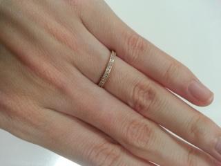 【ENUOVE(イノーヴェ)の口コミ】 私たち夫婦は見た目が若く見られるため、カジュアルに身に付けられる指輪…
