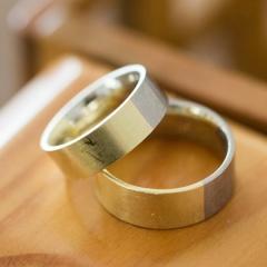 【NIESSING(ニーシング)の口コミ】 形状・幅・素材・カラー・仕上げを自分たちで選んでオリジナルのリングを…