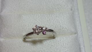 【LUCIE(ルシエ)の口コミ】 オートクチュールの指輪を選びました。担当のデザイナ-さんが、詳しく二人…