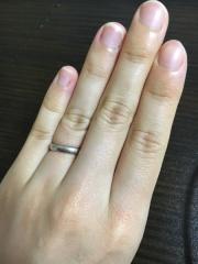 【ティファニー(Tiffany & Co.)の口コミ】 ティファニーの結婚指輪に憧れておりました。ひと目で「ティファニー」と…