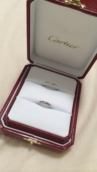 【カルティエ(Cartier)の口コミ】 ずっと長く付ける物なので、デザインはシンプルな物を選びました。飾りなど…
