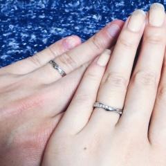 【スタージュエリー(STAR JEWELRY)の口コミ】 挙式の11ヶ月ほど前、結婚情報誌で探していた時に一目惚れした指輪です。…