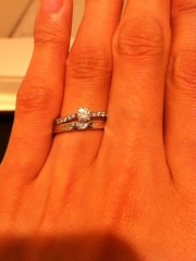 【LEHAIM(レハイム)の口コミ】 結婚指輪や結婚式にお金をかけたいと婚約指輪は比較的リーズナブルなもの…