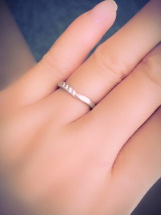 【ROYAL ASSCHER(ロイヤル・アッシャー)の口コミ】 事情により、東急百貨店でしか購入することができませんでした。女性の指…