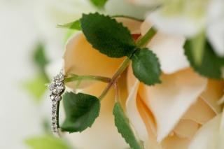 【アイプリモ(I-PRIMO)の口コミ】 婚約指輪は男性がプロポーズ用に用意する事も多いかと思いますが、私の場合…