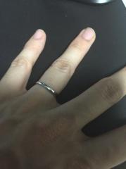 【銀座ダイヤモンドシライシの口コミ】 嫁の婚約指輪もシライシさんで購入しており、結婚指輪も婚約指輪にあわせた…