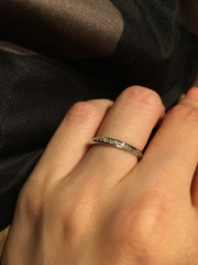 【銀座ダイヤモンドシライシの口コミ】 色々試着して、本当に自分の手に合う物を見つけた!と思いました。その理…