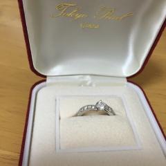 【TOKYO PEARLの口コミ】 婚約指輪でも、デザイン性のあるものがよかったので、ハーフエタニティの…