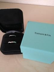 【ティファニー(Tiffany & Co.)の口コミ】 ティファニーが憧れだったということもあり、ブランドを決めるのには時間は…