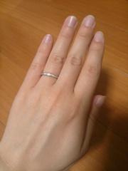 【エクセルコダイヤモンド(EXELCO DIAMOND)の口コミ】 指輪の決め手はデザインです!!欲しかったデザインはダイヤモンドが一列に…