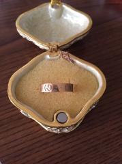 【グッチ(GUCCI)の口コミ】 ずーっと欲しかったグッチの指輪。婚約指輪にこんな指輪?と思われるかも知…