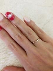 【ete(エテ)の口コミ】 婚約指輪というと、大きなダイヤがついているものを選ぶ方が多いと思いま…