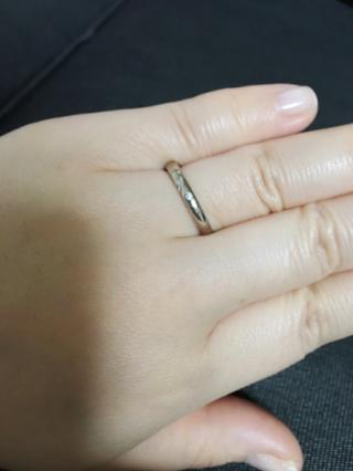 【結婚指輪手作り.comの口コミ】 普段から身に着けておくものなので傷がつきにくくシンプルなものにしまし…