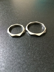 【ブシュロン(BOUCHERON)の口コミ】 結婚指輪はエタニティを購入希望で、ブシュロンで購入するものを決めていた…