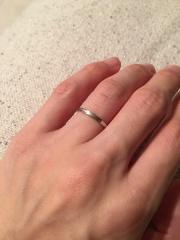 【カルティエ(Cartier)の口コミ】 あまり主張せず、さりげなく付けていられる指輪を探していました。目立ちに…
