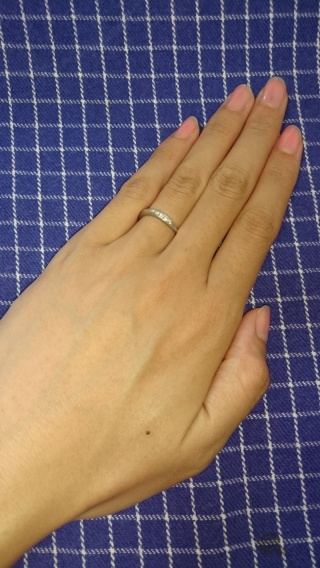 【銀座ダイヤモンドシライシの口コミ】 結婚指輪もinoでした。結婚式後にも友達の結婚式やおめでたい時には重ね…