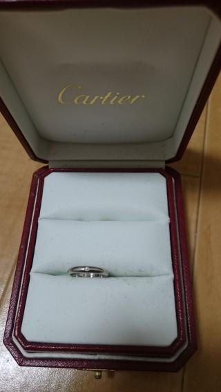 【カルティエ(Cartier)の口コミ】 シンプルで、飽きがこないデザインで気に入っています。プラチナは初めて購…