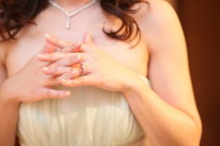 【TASAKI(タサキ)の口コミ】 自身が色が黒くなりやすいので、指輪は輝いていて欲しいという気持ちがあ…