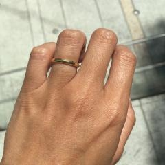 【カルティエ(Cartier)の口コミ】 夫がイエローゴールドの結婚指輪をはめたいと言っていたので、それをきっか…