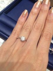 【銀座ダイヤモンドシライシの口コミ】 頂いたダイヤモンドの土台を選びにいきました。ダイヤモンド自体のお値段は…
