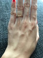 【グッチ(GUCCI)の口コミ】 シンプルなデザインより、他の人とかぶらないようなデザインの指輪を探して…