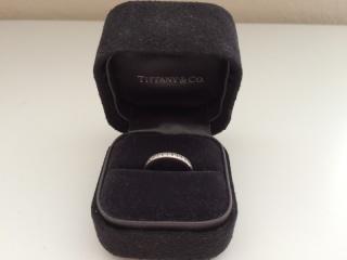 【ティファニー(Tiffany & Co.)の口コミ】 この指輪を選んだのは、やはり昔からティファニーのマリッジリングに憧れて…