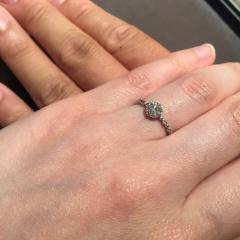 【JEWELRY  KAMATA(ジュエリーかまた)の口コミ】 決め手は、自分たちのイメージと合う指輪を買えたところ!定員さんが懇切丁…