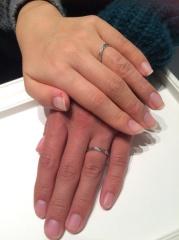 【銀座ダイヤモンドシライシの口コミ】 特にこういうデザインの指輪がほしい!って事はなく何店舗かお店を回りまし…