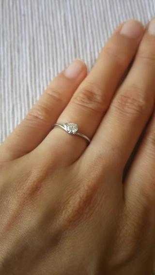 【JEWELRY  KAMATA(ジュエリーかまた)の口コミ】 指輪の決め手はとにかくシンプルでかわいいところです。ピンクダイヤをい…
