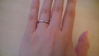 【ティファニー(Tiffany & Co.)の口コミ】 夫とお揃いの結婚指輪が欲しかったので、シンプルであまり光沢のないものを…