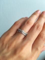 【canal4℃(カナルヨンドシー)の口コミ】 友人がしていた指輪を見たことがきっかけで細かいダイヤが並んでいるこの…