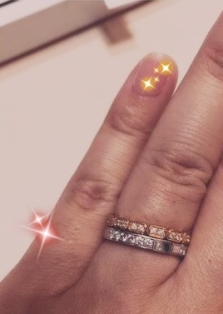 【ハリー・ウィンストン(Harry Winston)の口コミ】 エメラルドカットのダイヤのスッキリとした綺麗さ、ラウンドカットのダイヤ…