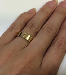 【カルティエ(Cartier)の口コミ】 どうせなら指輪には存在感が欲しいし、旦那さんの大きくてごつい指にも似合…