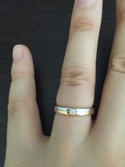 【ラザール ダイヤモンド(LAZARE DIAMOND)の口コミ】 ストレートタイプの指輪を希望していた一方で、デザイン性や珍しさがあるも…