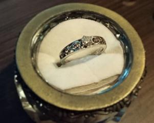 【CHER LUV(シェールラブ)の口コミ】 普段あまり指輪をしないので、いろいろとディスプレイされている指輪を見…