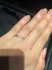 【エクセルコダイヤモンド(EXELCO DIAMOND)の口コミ】 デザインと付け心地できめました* メレダイヤモンドが付いているものがよ…