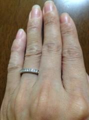 【ハリー・ウィンストン(Harry Winston)の口コミ】 結婚指輪は一周ダイヤの付いている、フルエタニティが欲しかったので何件か…